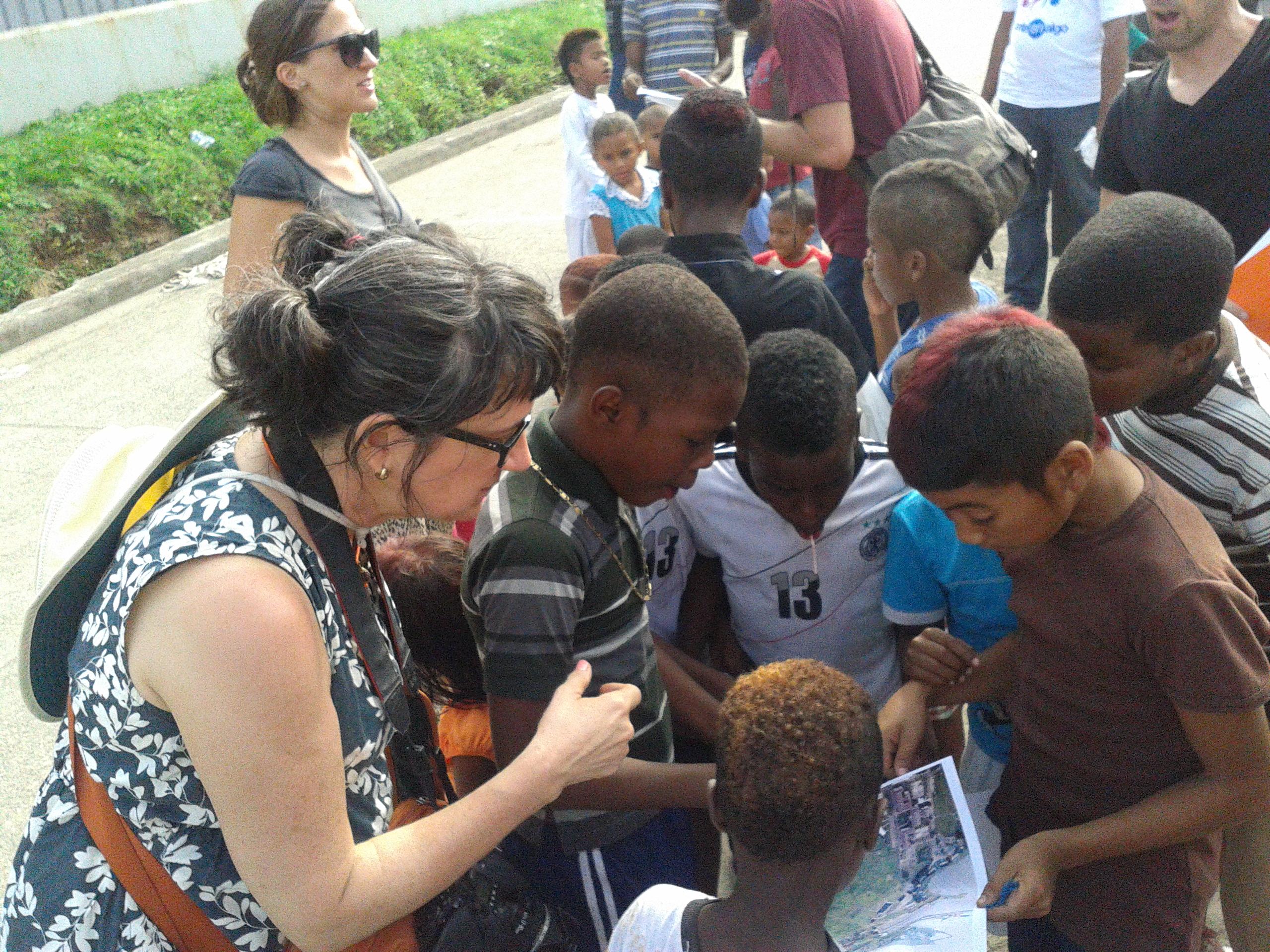 SUELO Part 1: Claire Pentecost & Brian Holmes in Panama – Colón – Panamá